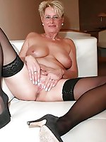 Lustful old female in a xxx gallery