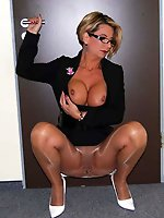 American mistress in ideal shape